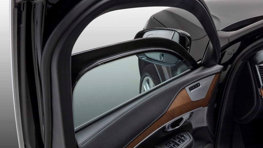 Volvo confirma lançamento de XC90, XC60 e XC40 blindados no Brasil Volvo-23