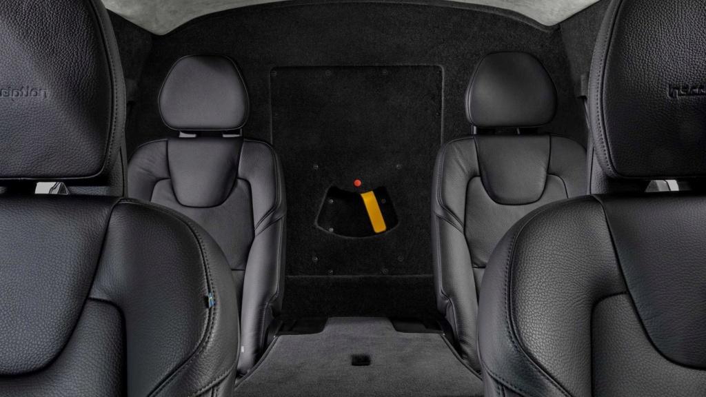 Volvo confirma lançamento de XC90, XC60 e XC40 blindados no Brasil Volvo-25