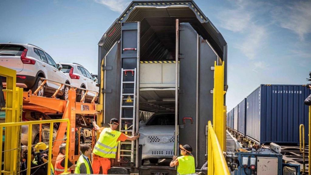 Volvo XC60 agora chega à Europa a partir da China - e de trem! Volvo-36