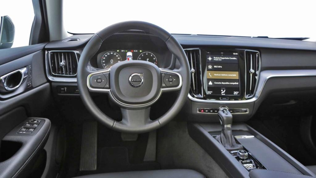 Volvo V60 2020 fica mais equipada por R$ 213.950 Volvo-47