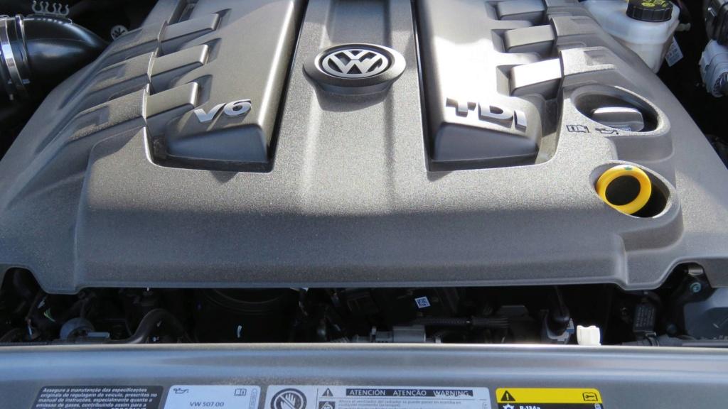 Volkswagen Amarok com motor V6 de 258 cv estreia no fim do ano Vw-ama12