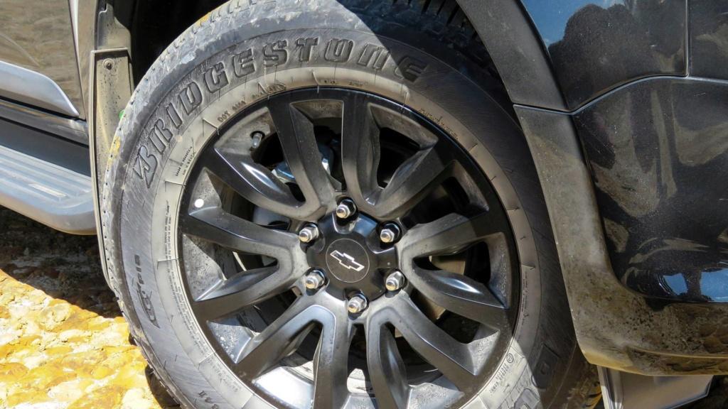 Volkswagen Amarok com motor V6 de 258 cv estreia no fim do ano Vw-ama15