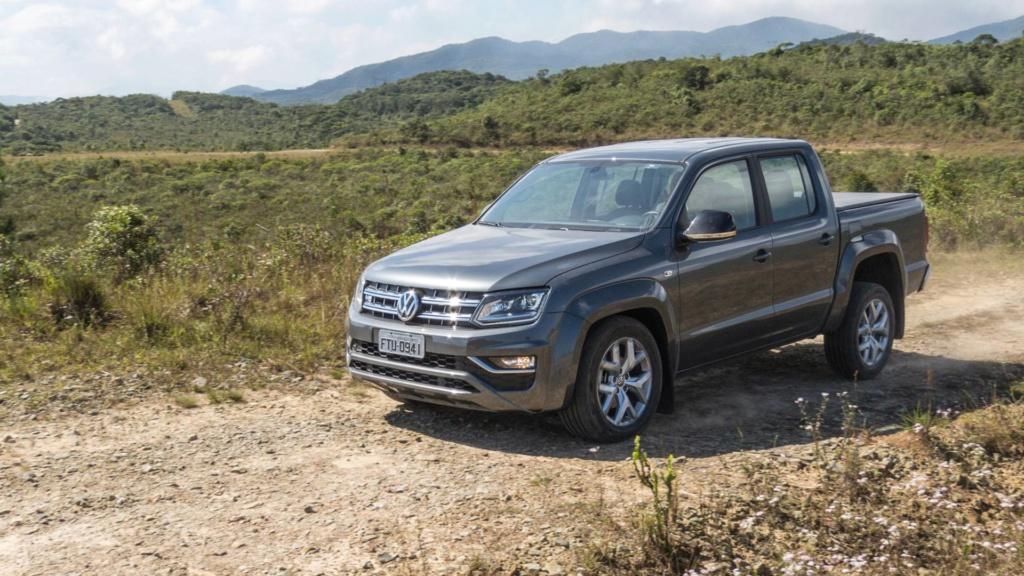 Volkswagen Amarok com motor V6 de 258 cv estreia no fim do ano Vw-ama17