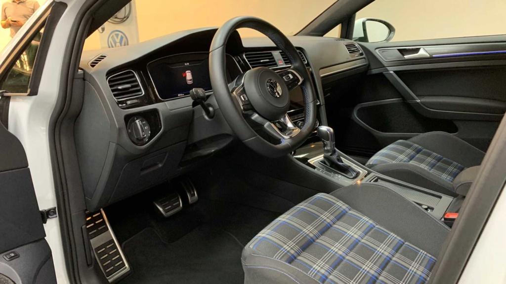 VW enfim confirma Golf GTE no Brasil este ano Vw-gol24