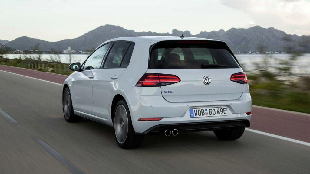 Novo VW Golf GTE será lançado em outubro, dizem concessionários Vw-gol27
