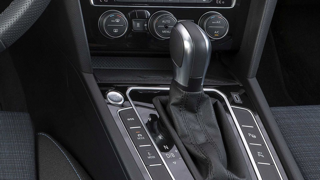 Novo VW Passat GTE amplia autonomia elétrica e é cotado para o Brasil Vw-pas14