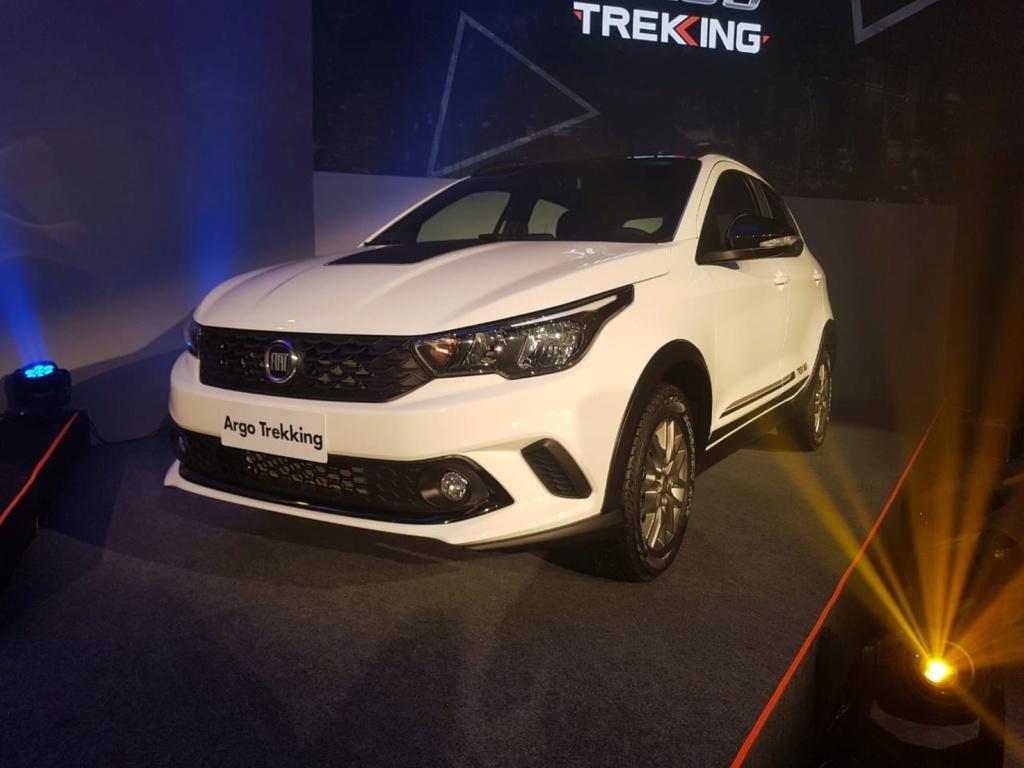 Fiat Argo Trekking é lançado no Brasil por R$ 58.990 Whatsa22