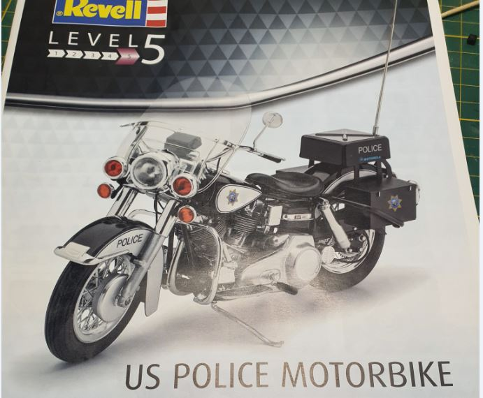 US Police Bike / Revell, 1:8 R-pb-110