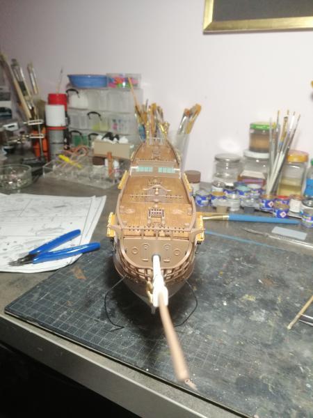 Frégatte USS BONHOMME RICHARD1/132ème Revell - Page 5 10013
