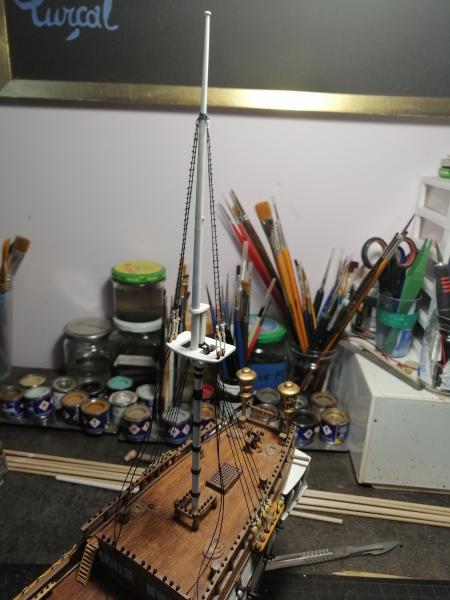 Frégatte USS BONHOMME RICHARD1/132ème Revell - Page 5 13610
