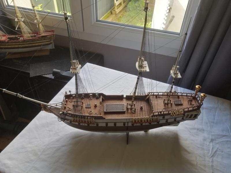 Frégatte USS BONHOMME RICHARD1/132ème Revell - Page 7 16711