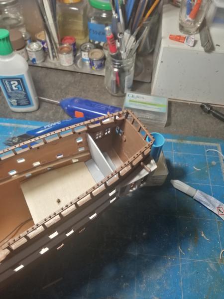 Frégatte USS BONHOMME RICHARD1/132ème Revell - Page 3 7113