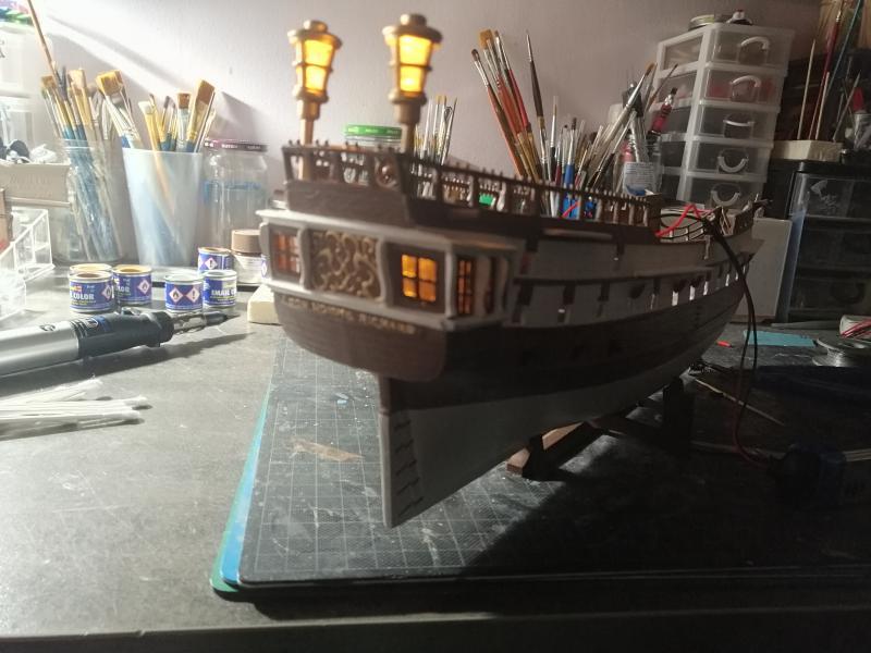 Frégatte USS BONHOMME RICHARD1/132ème Revell - Page 4 8113