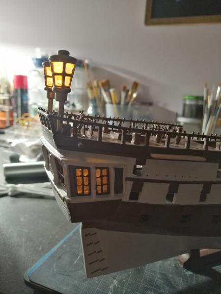 Frégatte USS BONHOMME RICHARD1/132ème Revell - Page 4 8213