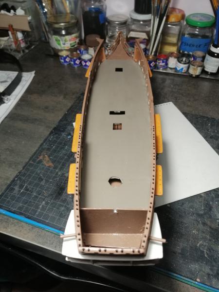 Frégatte USS BONHOMME RICHARD1/132ème Revell - Page 4 8612
