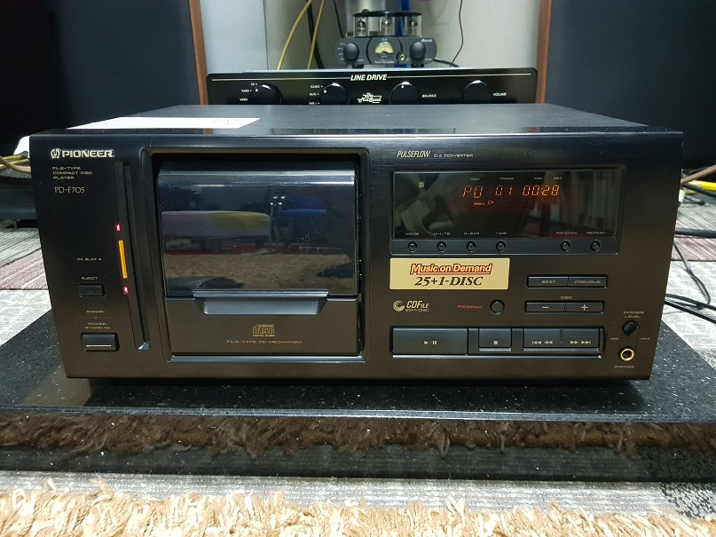 Pioneer PD-F705 Compact Disc Player 26 Changer (Used) 20201217