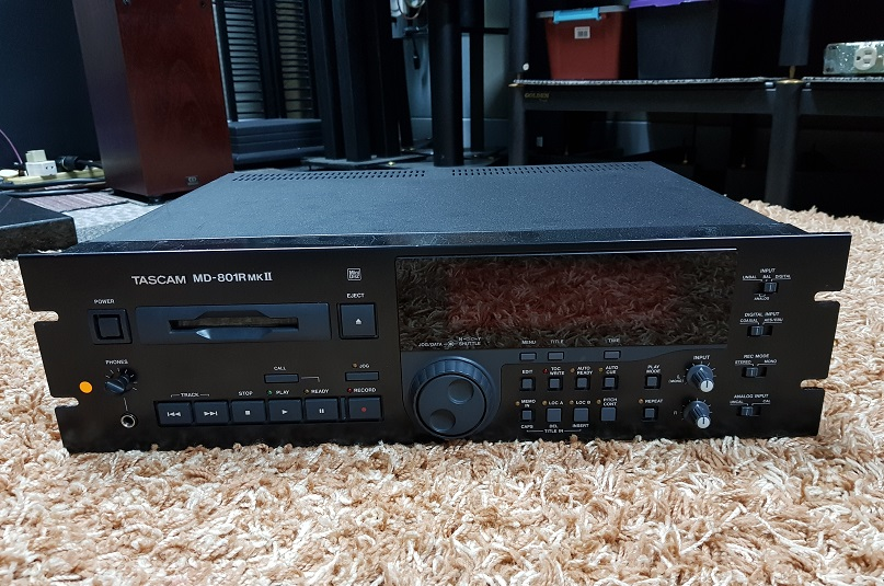 Tascam MD-801R MK-II Professional Studio MiniDisc MD Recorder Player(Used) 20201259