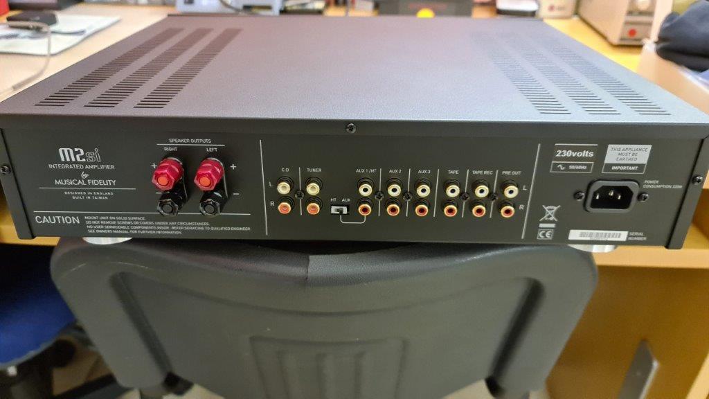 Valvolare, ibrido o transistor nella saletta HT - Pagina 3 20210412