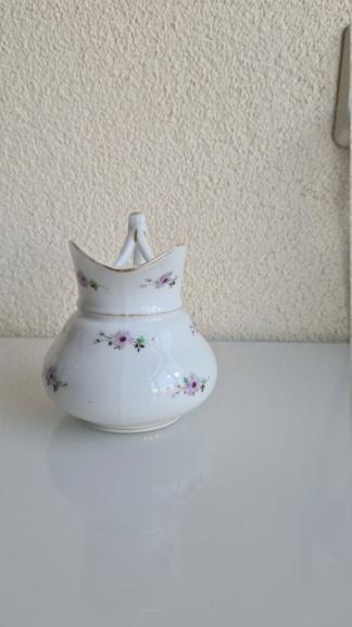 19 century Milk jug /creamer 20200885
