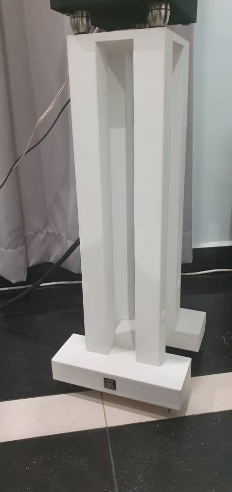 [Price reduced] 悦牌 speaker stands 28kg Yue110