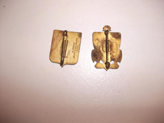 un kepi polo de pharmacien guerre 14/18 et deux insignes Dscf5017