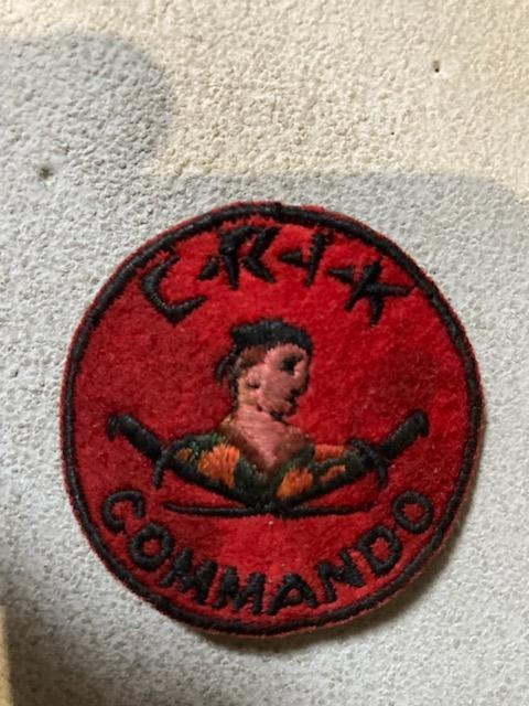 Insigne commando C. R. I. K Img_1112