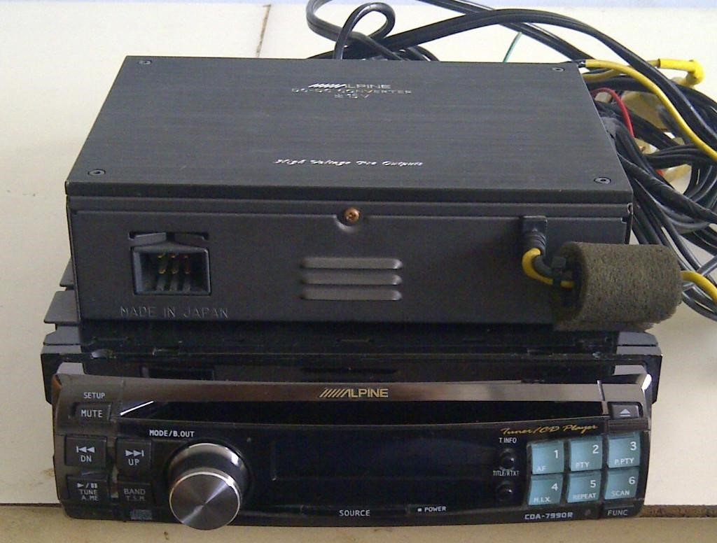 Alpine CDA-7990 (Sold) 295_1311