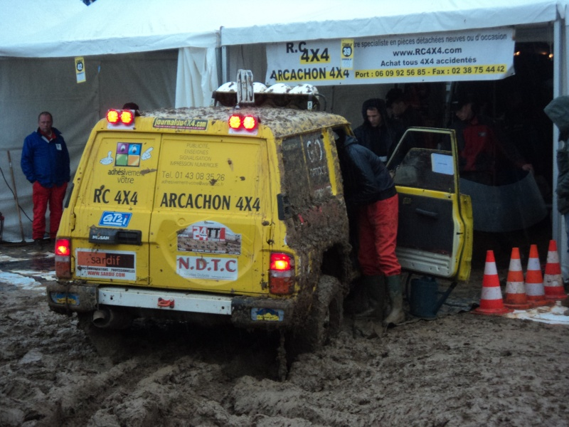 recherche photo nissan patrol gr jaune n°113 Dsc03015
