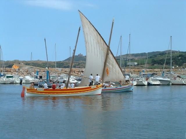 [VIE DES PORTS] Quelques bateaux de pêche (sur nos côtes Françaises) - Page 7 Barque10