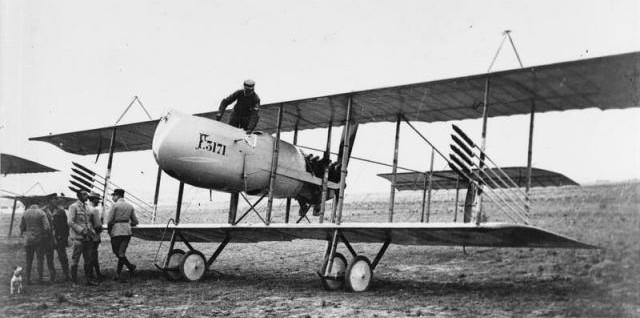 identifier avion de chasse 1917 640-db10