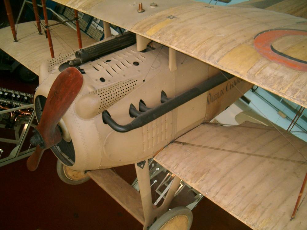 Couleurs des avions premier quart du XXe S Hpim3110