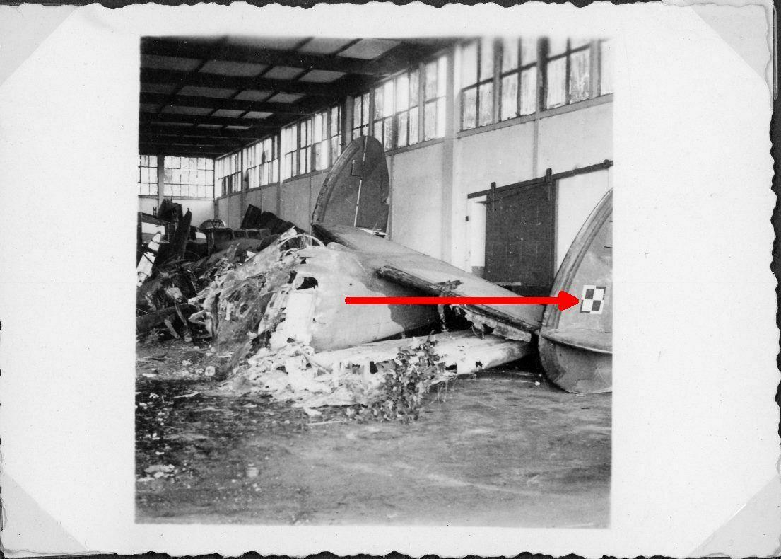 Bimoteurs Lockheed dans l'A.A en 1940? Lockhe10