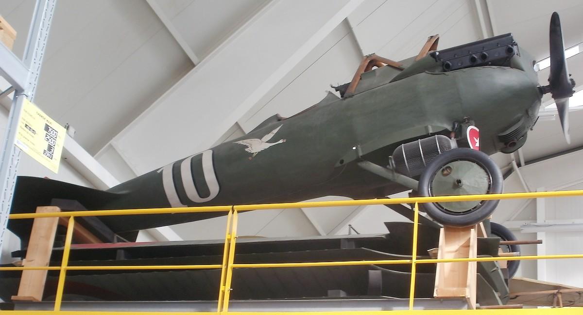 Couleurs des avions premier quart du XXe S P9221110