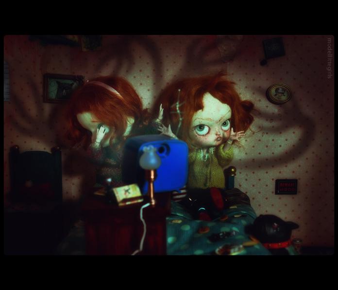 Les Petites Filles Modèles - Saturday afternoon 01_zom10
