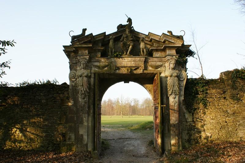 Enquête au Château fantastique de Raray Dsc01215