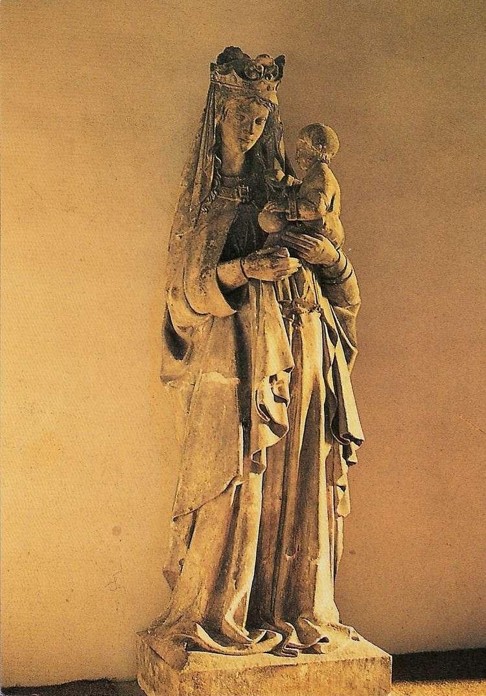 SCULPTURES dans le monde Vierge10