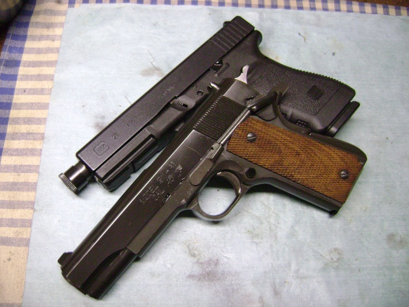 Pistolet en 45.ACP Dsc00810