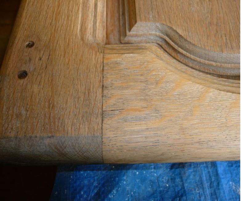 Cérusage d'un meuble en chêne 0410