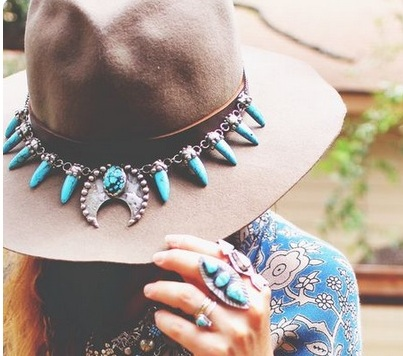 Customisatiin des chapeaux Collie10