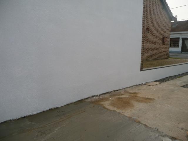Réparer fissure dans mur crépi extérieur P1300114