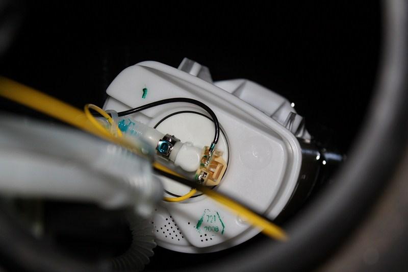 pompe a essence 987 015_8010