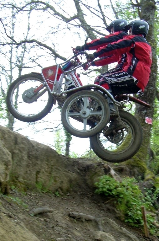 CALENDRIER 2009 SIDE CAR TRIAL Cottin10
