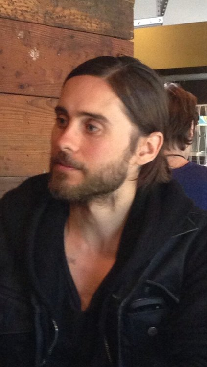 Jared Leto speaking at Fast Company grill 12 mars 2013  03910