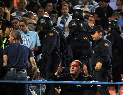 Les ultras et la police - Page 4 20081010