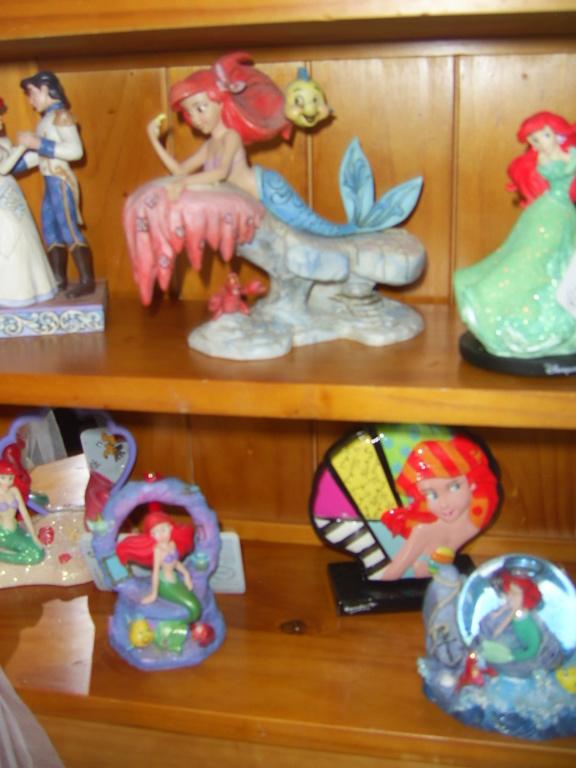 Collection Figurines et Boules à Neige Ariel Pic_0115