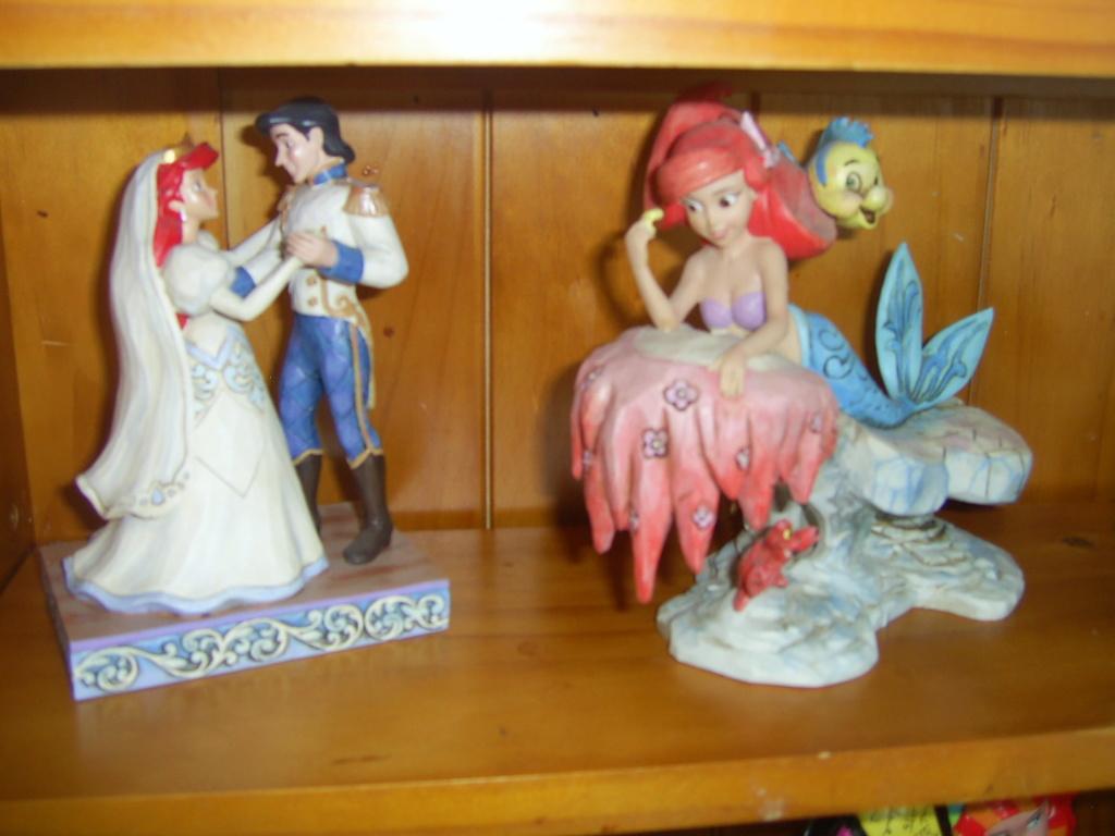 Collection Figurines et Boules à Neige Ariel Pic_0126