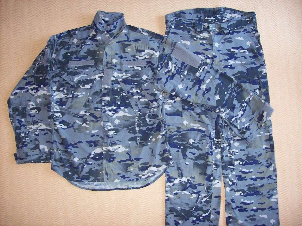 New Montenegro Army uniform 100_2712