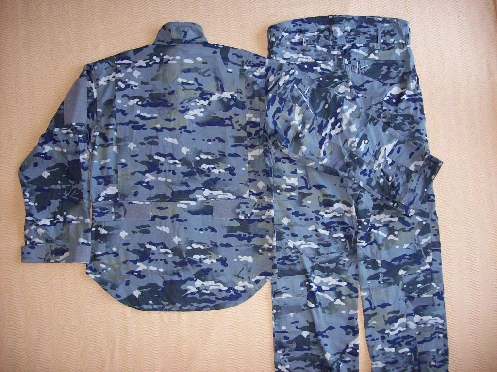 New Montenegro Army uniform 100_2713