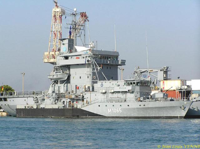 Les news en images du port de TOULON - Page 19 01_09_15