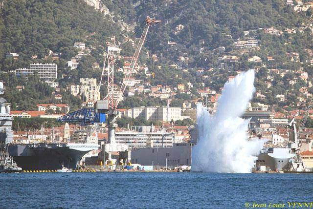 Les news en images du port de TOULON - Page 21 06_10_11